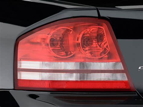 2008 dodge avenger tail light image 2009 dodge avenger 4 door sedan se ltd avail tail