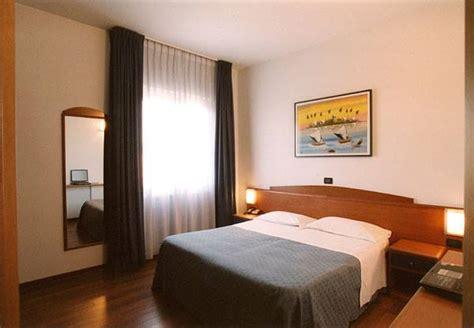 hotel la terrazza porto san giorgio hotel ristorante quot la terrazza quot porto san giorgio home