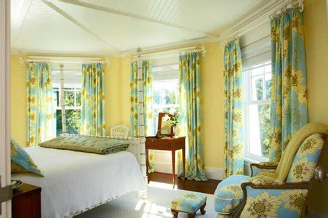 benjamin hawthorne yellow room lust