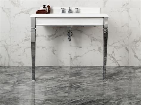 carrelage mur salle de bain aspect marbre