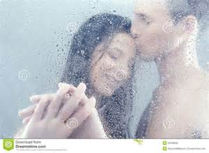 erotik unter der dusche loving in shower stock photography image 34036032
