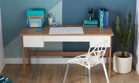 Small Office Desks by 6 Best Pieces Of Office Furniture For Small Spaces