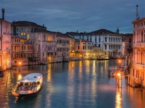 Kaos Venice Italia Nm2jx 7 qytetet t 235 cilat e kan 235 ndaluar p 235 rdorimin e veturave foto gazetablic