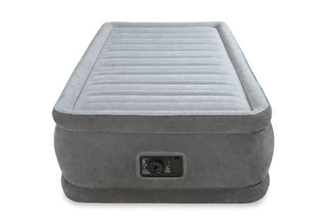 intex comfort plush air mattress intex twin raised airbed comfort plush dura beam air bed