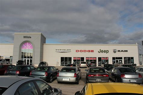 jeep dealers milwaukee chrysler jeep dodge ram dealer milwaukee wilde chrysler