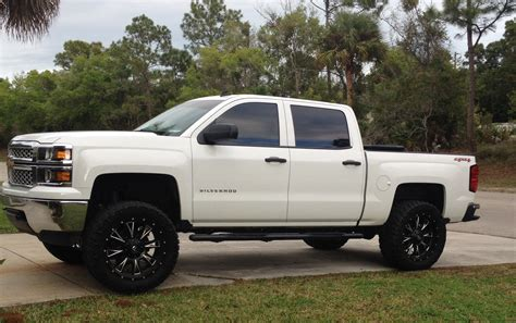 lifted chevy silverado 2014 chevy silverado crew cab 4x4 lifted sold the hull