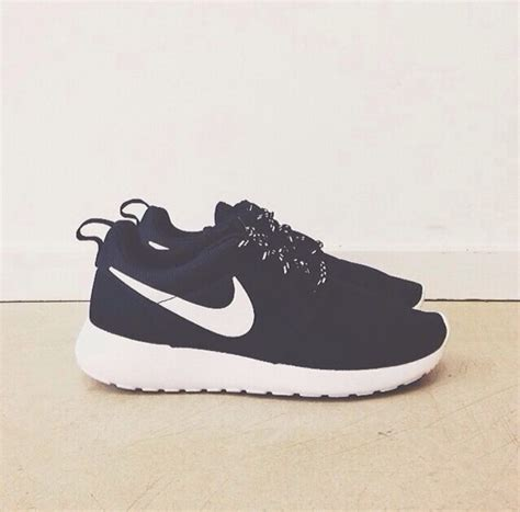 J Nike Roshe Run Black roshe run all black air max pas cher leopard