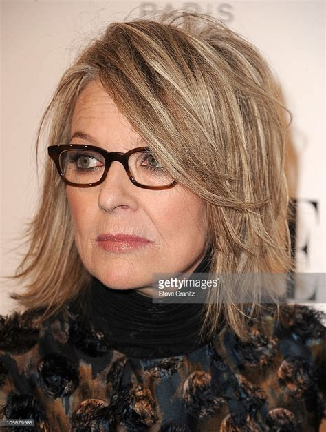 diane keatons layer haircut diane keaton hairstyle pictures elle s 17th annual women in hollywood tribute arrivals
