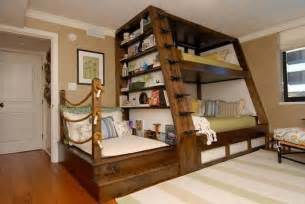 Three Person Bunk Bed 3 Person Bunk Beds Kid Spaces
