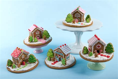 Mini Gingerbread House you to see mini gingerbread houses on craftsy