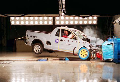 google icon bunsen 200 year 2011 voyage chevrolet montana crash test