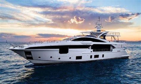 miami boat show azimut tre premi 232 re azimut al miami boat show gentedimare2 0