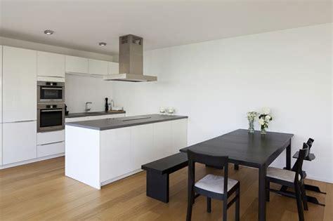wohnzimmer offen haus w offene moderne k 252 che mit kochinsel und