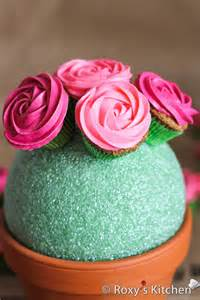Flower Cupcakes Bouquet - easy rose cupcake bouquet in a pot roxy s kitchen