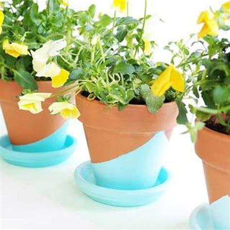 Pot De Fleur 3378 diy peindre ses pots de fleurs pour le printemps avec la
