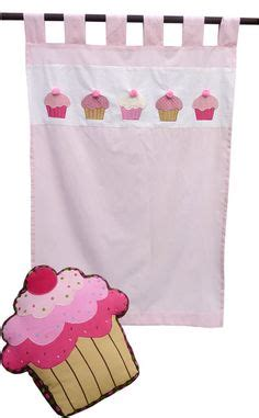 cupcake kitchen curtains 1000 images about kitchen curtains on kitchen