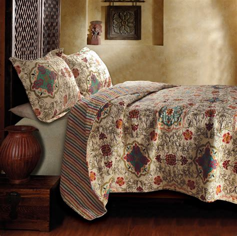quilt bedding set bohemian 3pc queen quilt coverlet set floral paisley
