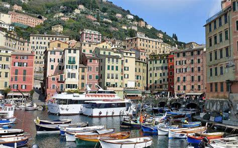 camogli porto camogli marina di camogli liguria italia porti