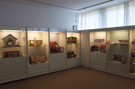 A Dolls House Exhibition In Bergkamen By Diepuppenstubensammlerin Dolls Houses Past