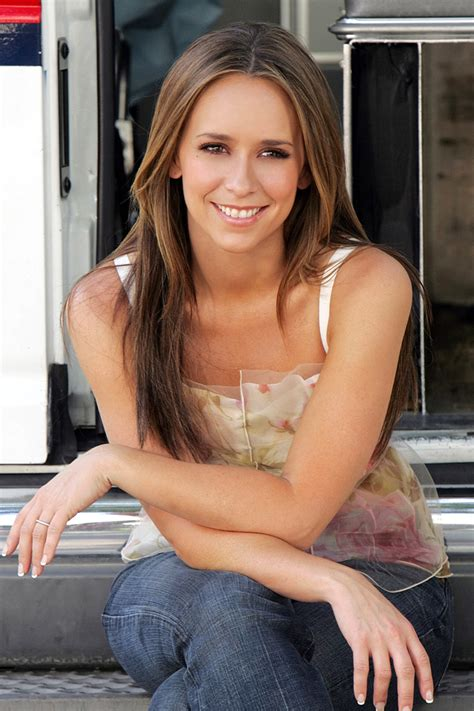 jennifer love hewitt haircolor on ghost whisperer jennifer love hewitt fashion and styles
