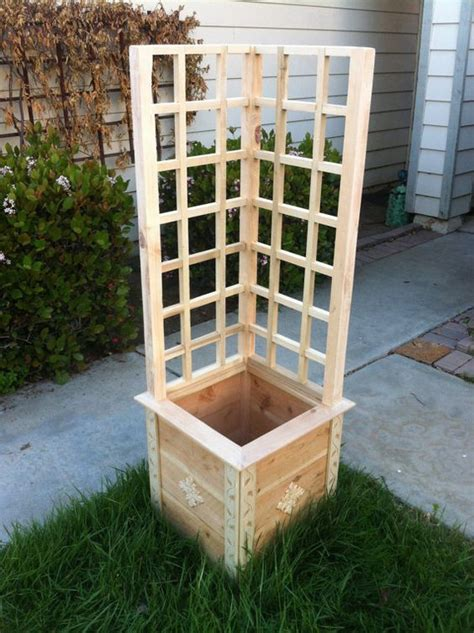 Garden Planter Box For Your Herbs And Vegetable Garden Vegetable Planter Box