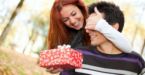 Ways To Take Initiative Without Scaring Him by S Day Gift Ideas For New Relationships 6 Gifts