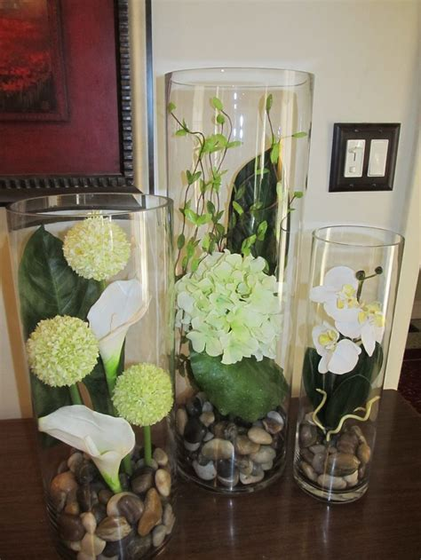 Flowers In Cylinder Vases 25 best ideas about hurricane centerpiece on hurricane centre
