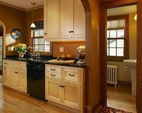 kitchen color ideas with maple cabinets 5 best kitchen paint colors with maple cabinets