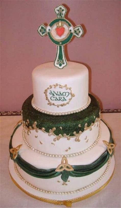 irish cake an irish wedding cake cake decorating inspiration