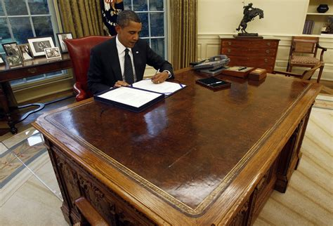 Obama Oval Office Desk The Meaning The Letters Obama And Rouhani Exchanged Radio International