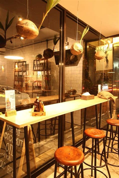 design tempat cafe 10 desain interior cafe mini ini sangat instagrammable
