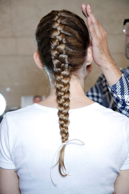 hairstyles with under braids 10 braids you can do in under 15 minutes stylecaster
