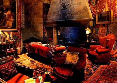 Gryffindor common room audio atmosphere