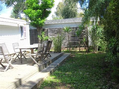 un petit coin du jardin Photo de Camping Parc et Plage, Hyères TripAdvisor