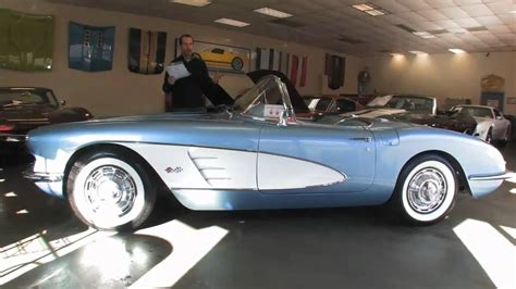 corvette stingray 1960 chevrolet corvette stingray 1960 wallpaper 1280x720 6332