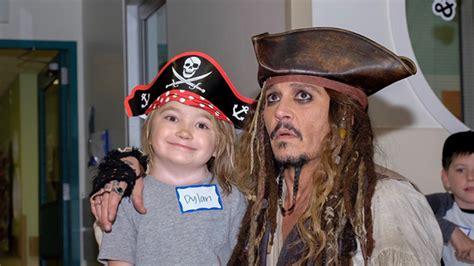 Johnny Depps Hospitalized by Yo Ho Johnny Depp Visits B C Children S Hospital Decked