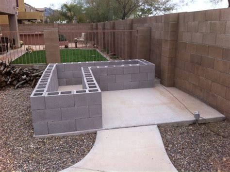 Concrete Block Planter Box by 2314 Best Ideas About Gardening Building Plans Layouts