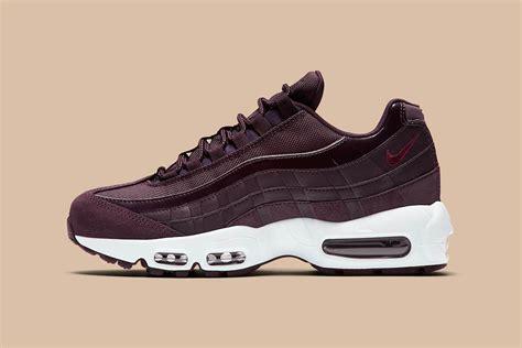 shoes c 4 90 95 nike s air max 95 arrives in bordeaux hue hypebae