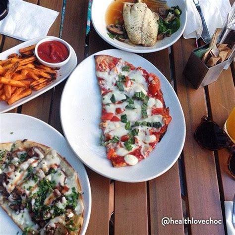 lyfe kitchen restaurant in 413 n clark st chicago il