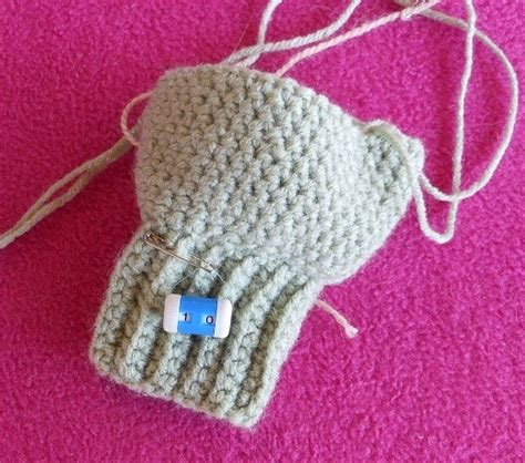 which is harder knitting or crocheting how to use a needle mounted row counter when crocheting or