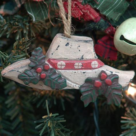 happy holly day cowboy hat christmas ornament x0480