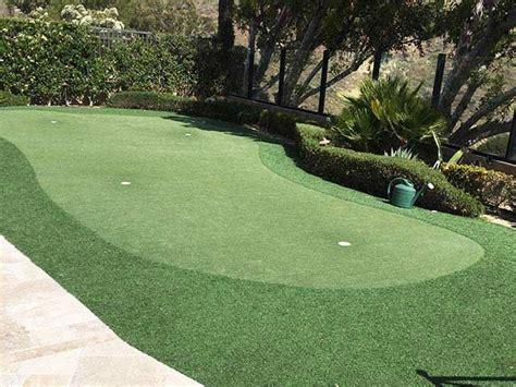 17 best ideas about backyard putting green on