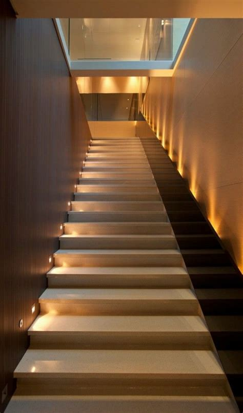 innenbeleuchtung haus moderne schicke treppen beleuchtung archzine net