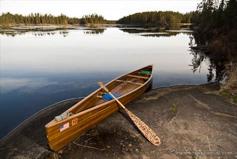 canoes and paddles how to decorate a canoe paddle paddlinglight