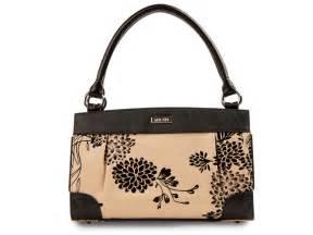 elizabeth purse 301 moved permanently
