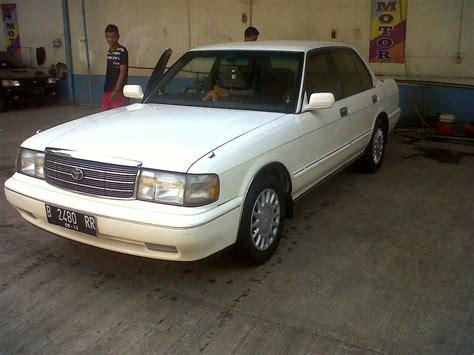 Spion Mobil Esteem dijual toyota crown saloon 3 0 1996 lapak mobil