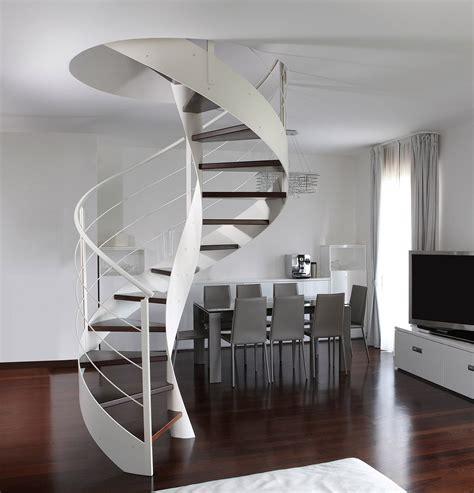 scala per soffitta scegliere la scala per collegare il sottotetto cose di casa
