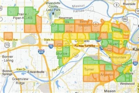 neighborhood kansas city give us a gig helps narrow digital divide in gigabit city