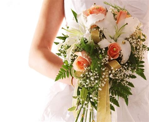 how much do wedding centerpieces cost cost of flowers for a wedding average on with cheap what