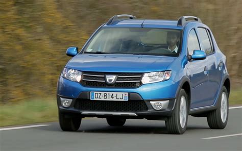 comparison dacia sandero stepway access sce